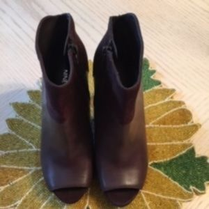 Nine West Brown Leather Peep Toe Boots Size 6